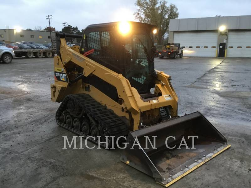 CATERPILLAR CHARGEURS TOUT TERRAIN 257D A2Q equipment  photo 2