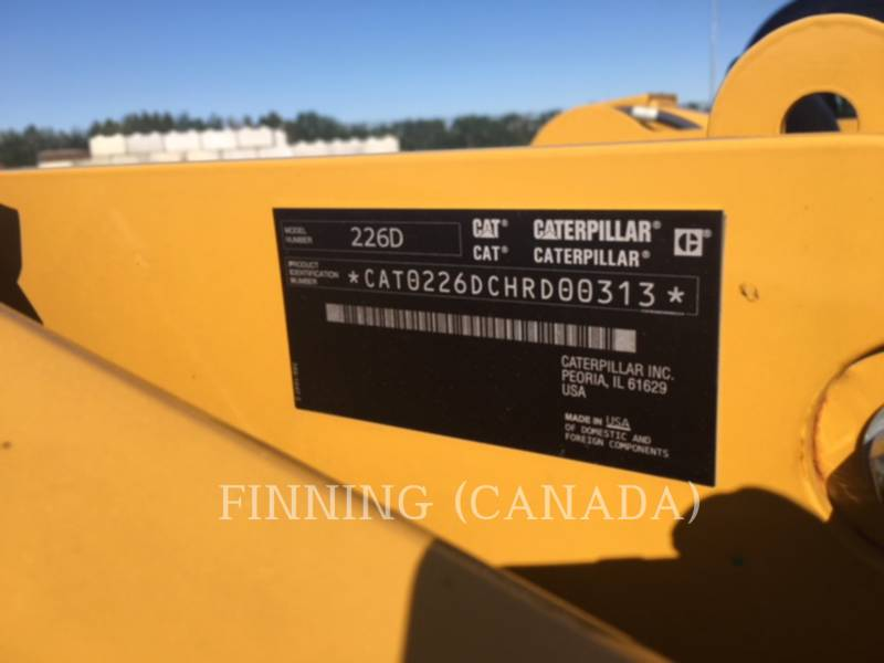 CATERPILLAR MINICARGADORAS 226D equipment  photo 5