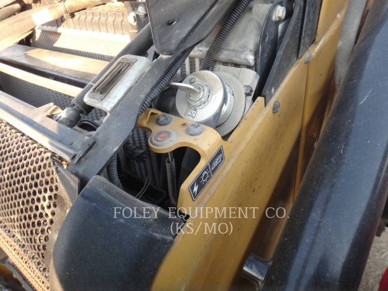 CATERPILLAR CHARGEUSES-PELLETEUSES 430F2IT equipment  photo 15