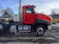 CATERPILLAR CAMIONS ROUTIERS CT660 T13A6 equipment  photo 21