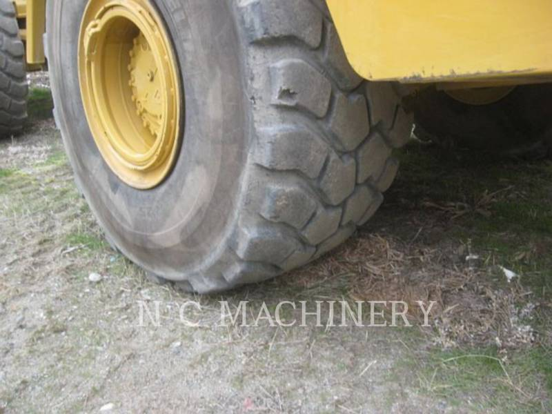CATERPILLAR KNICKGELENKTE MULDENKIPPER 740B equipment  photo 13