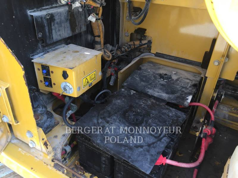 CATERPILLAR PELLES SUR CHAINES 345DLVG equipment  photo 16