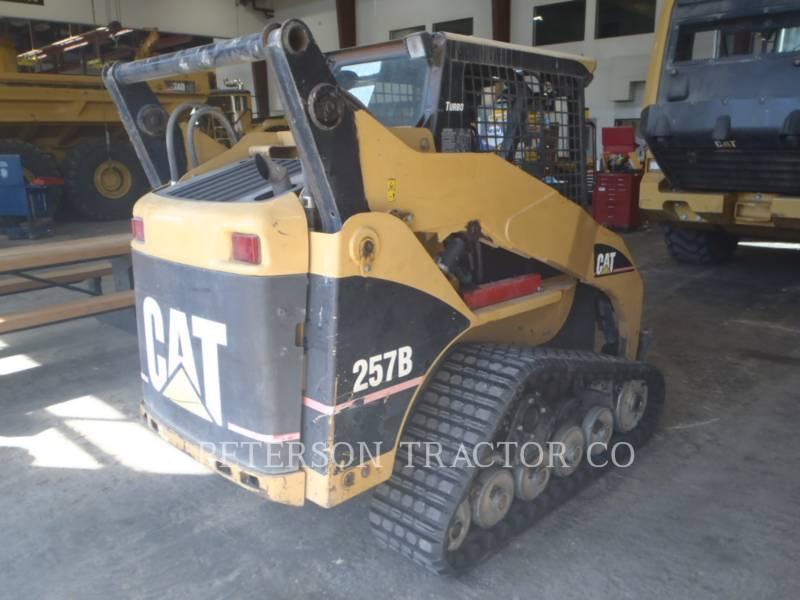 CATERPILLAR CARGADORES MULTITERRENO 257B equipment  photo 2