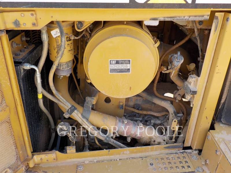 CATERPILLAR TRACK TYPE TRACTORS D6R equipment  photo 15