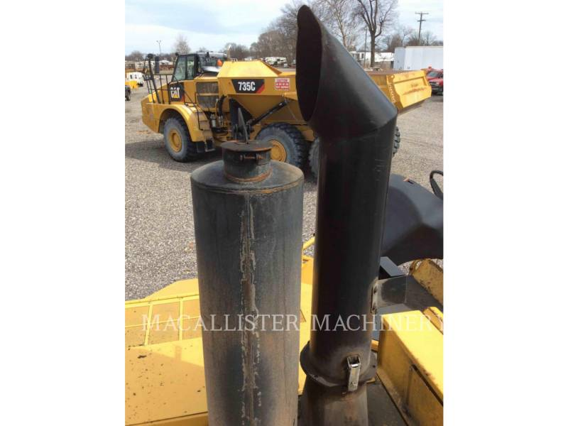 CATERPILLAR PAVIMENTADORA DE ASFALTO AP-1055D equipment  photo 11