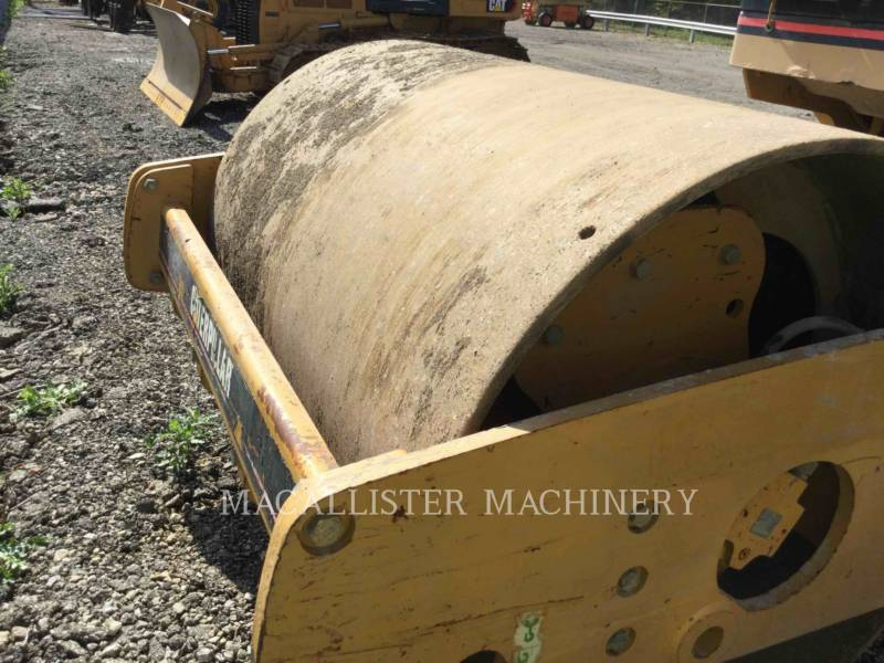 CATERPILLAR VIBRATORY SINGLE DRUM SMOOTH CS-433E equipment  photo 14