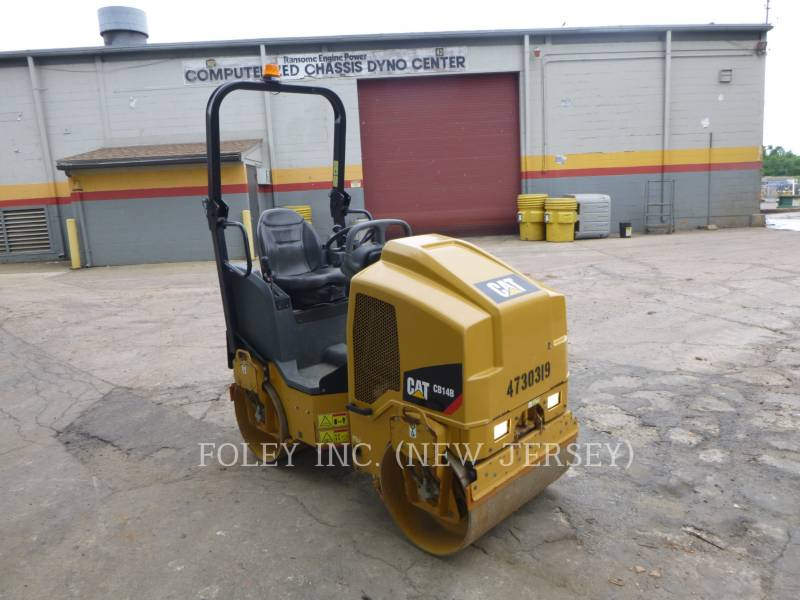 CATERPILLAR TANDEMOWY WALEC WIBRACYJNY DO ASFALTU (STAL-STAL) CB14B equipment  photo 1