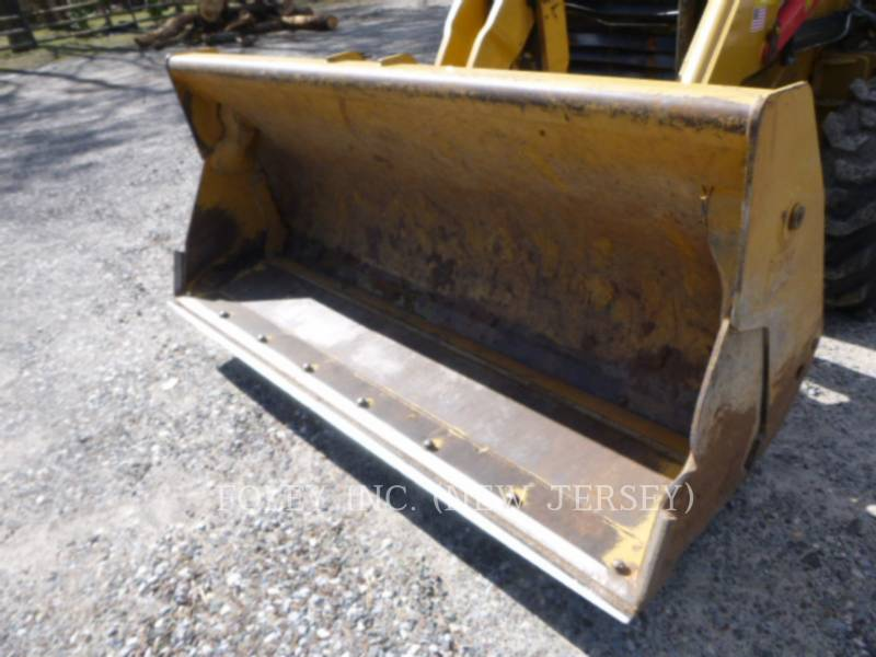 CATERPILLAR CHARGEUSES-PELLETEUSES 420EST equipment  photo 10