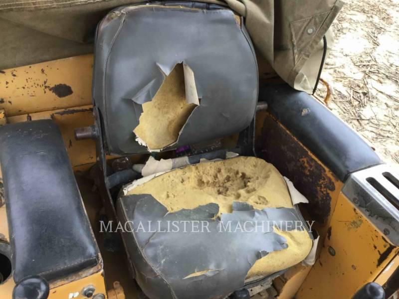 KOMATSU TRACTEURS SUR CHAINES D85E equipment  photo 15