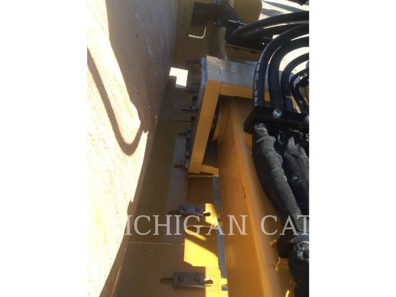 CATERPILLAR VIBRATORY SINGLE DRUM SMOOTH CS54B equipment  photo 22