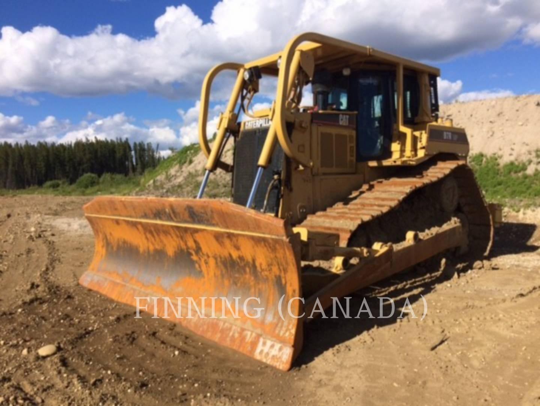 Detail photo of 2002 Caterpillar D7R LGP II from Construction Equipment Guide