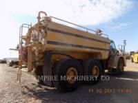 CATERPILLAR 給水トラック 735 WT equipment  photo 2