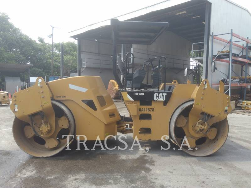 CATERPILLAR TAMBOR DOBLE VIBRATORIO ASFALTO CB-564D equipment  photo 7