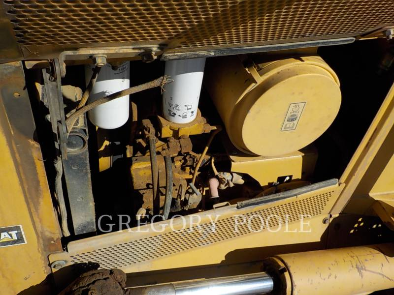 CATERPILLAR TRACTORES DE CADENAS D6N LGP equipment  photo 15