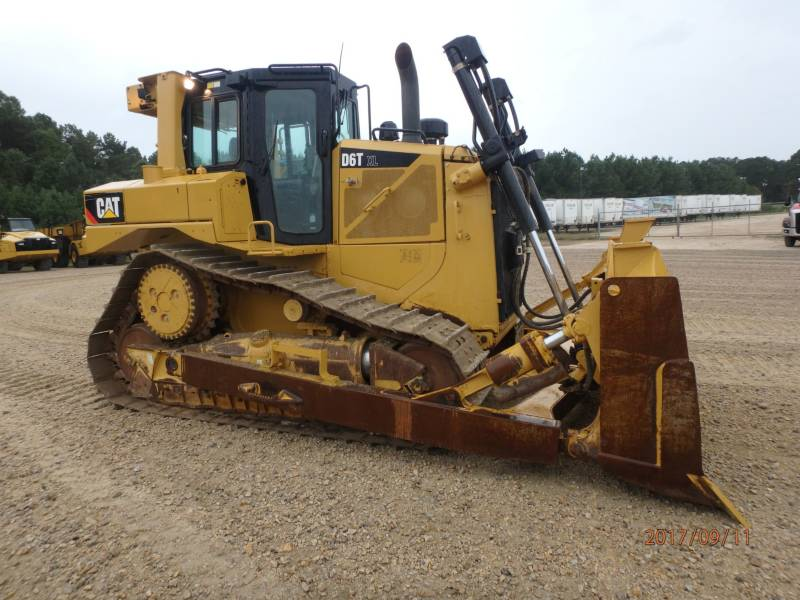 CATERPILLAR CIĄGNIKI GĄSIENICOWE D6TXL equipment  photo 5