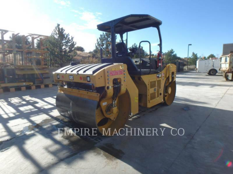 CATERPILLAR COMPACTEURS TANDEMS VIBRANTS CB54B equipment  photo 2