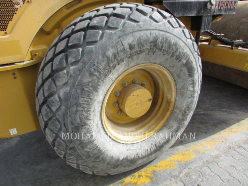 CATERPILLAR COMPACTADORES DE SUELOS CS 74 equipment  photo 11