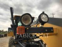 DEERE & CO. モータグレーダ 672G equipment  photo 13