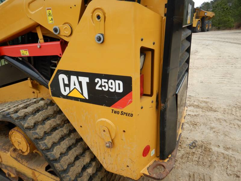 CATERPILLAR CHARGEURS TOUT TERRAIN 259D equipment  photo 23