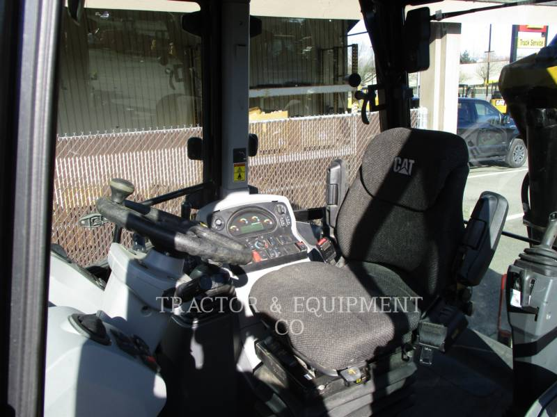 CATERPILLAR CHARGEUSES-PELLETEUSES 420F24ETCB equipment  photo 13
