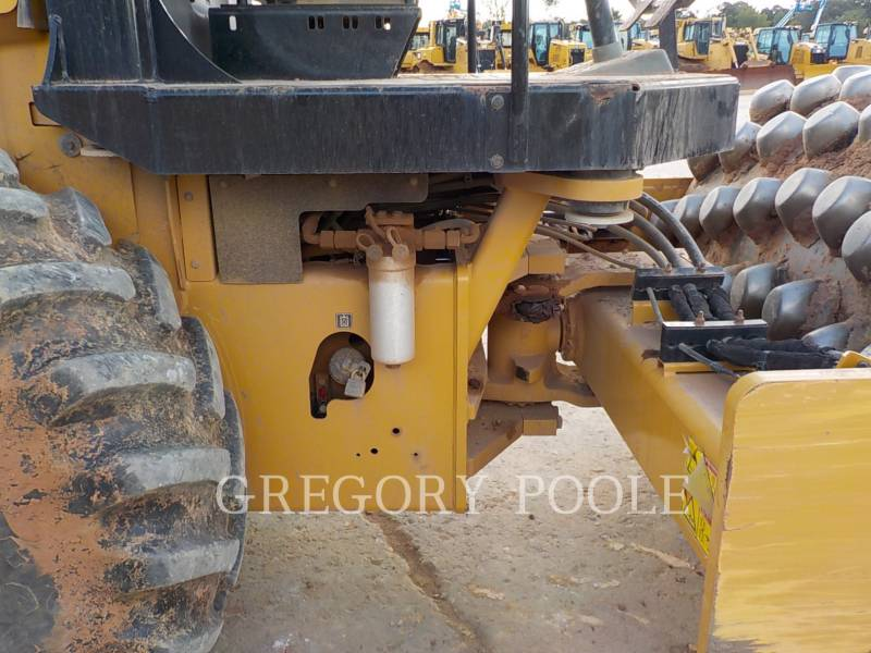 CATERPILLAR EINZELVIBRATIONSWALZE, BANDAGE CP56B equipment  photo 20