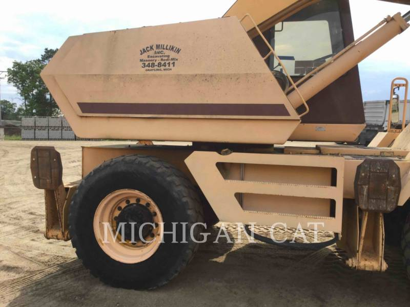 CASE ESCAVATORI GOMMATI 1085 BADGER equipment  photo 20