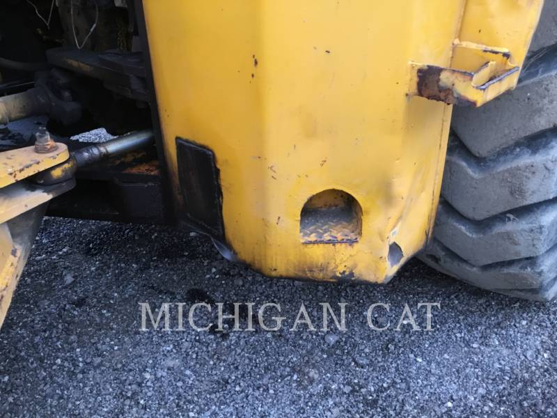 JOHN DEERE WHEEL LOADERS/INTEGRATED TOOLCARRIERS 844 equipment  photo 17