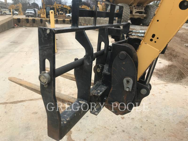CATERPILLAR TELEHANDLER TL642 equipment  photo 10