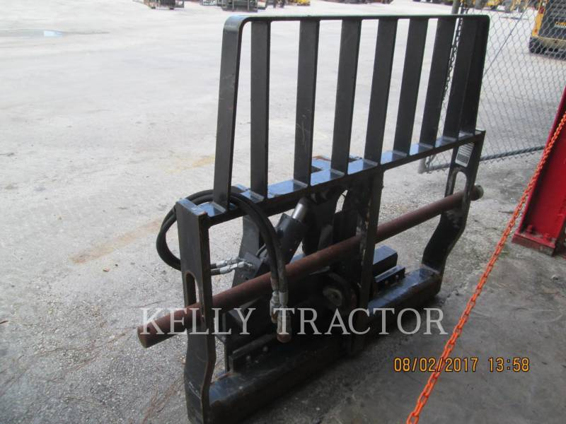 CATERPILLAR WT - FOURCHES FRAME & TINE FOR TELEHANDLER equipment  photo 4