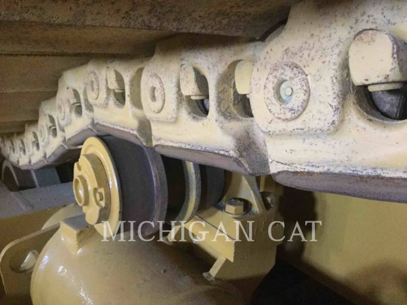 CATERPILLAR KETTENDOZER D8N equipment  photo 16