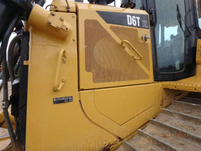CATERPILLAR ブルドーザ D6T equipment  photo 22