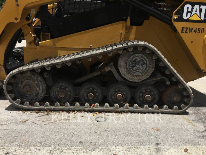 CATERPILLAR UNIWERSALNE ŁADOWARKI 257D equipment  photo 3