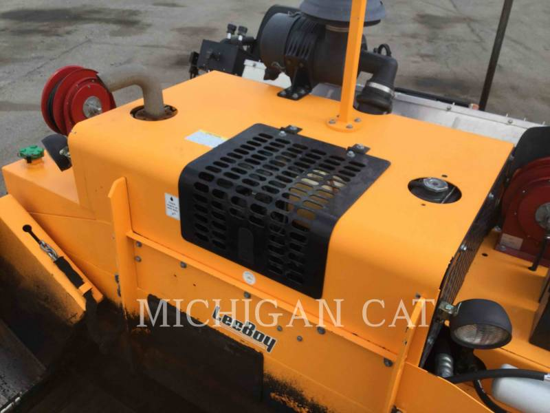 LEE-BOY ASPHALT PAVERS 8515C equipment  photo 12
