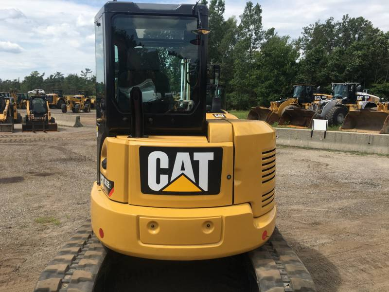 CATERPILLAR トラック油圧ショベル 305.5E2CR equipment  photo 13