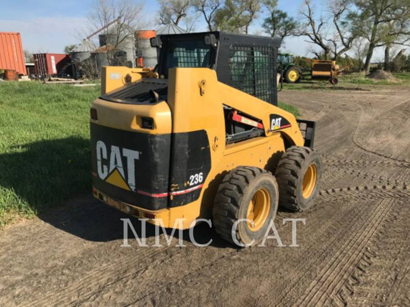 CATERPILLAR SKID STEER LOADERS 236 equipment  photo 3