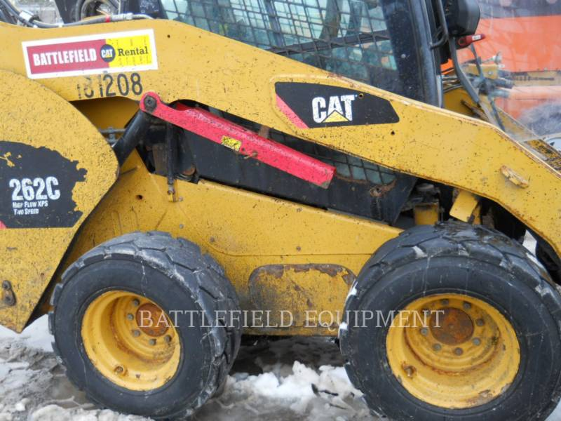 CATERPILLAR KOMPAKTLADER 262C equipment  photo 10
