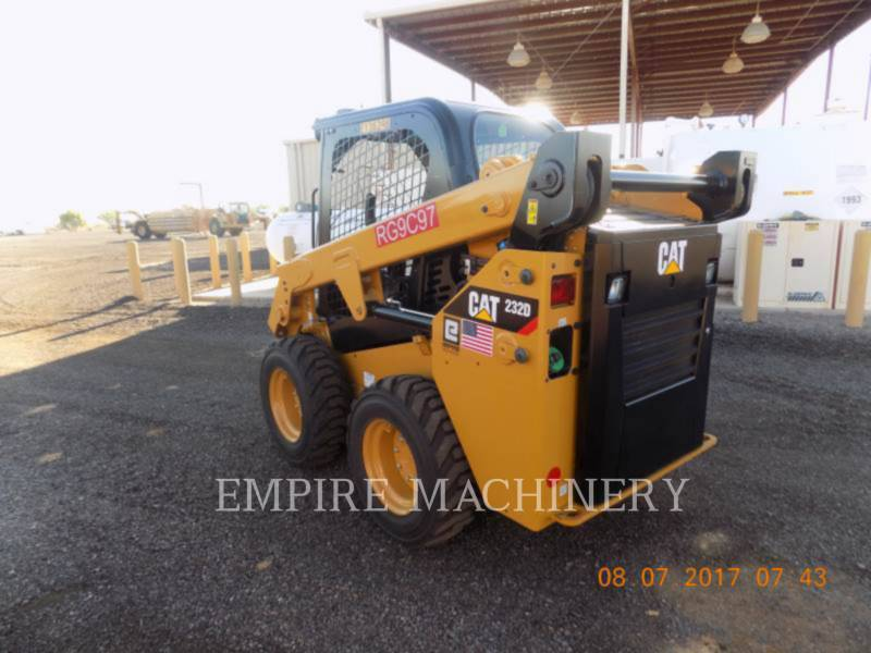 CATERPILLAR PALE COMPATTE SKID STEER 232D equipment  photo 3