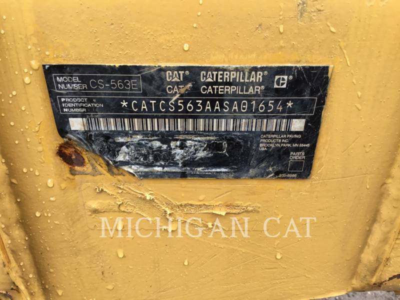 CATERPILLAR VIBRATORY SINGLE DRUM SMOOTH CS-563E equipment  photo 9
