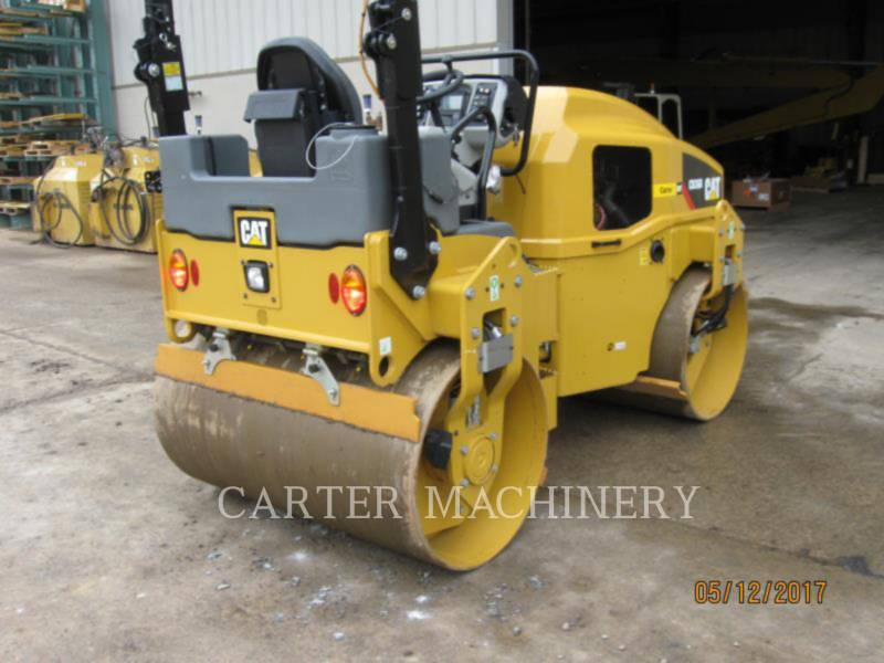 CATERPILLAR VIBRATORY DOUBLE DRUM ASPHALT CB36B equipment  photo 3