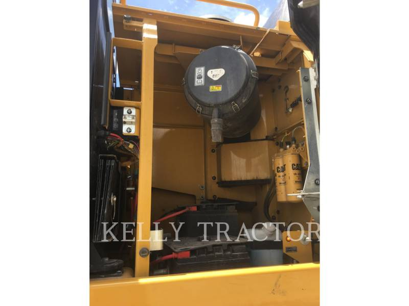 CATERPILLAR トラック油圧ショベル 349FL equipment  photo 10