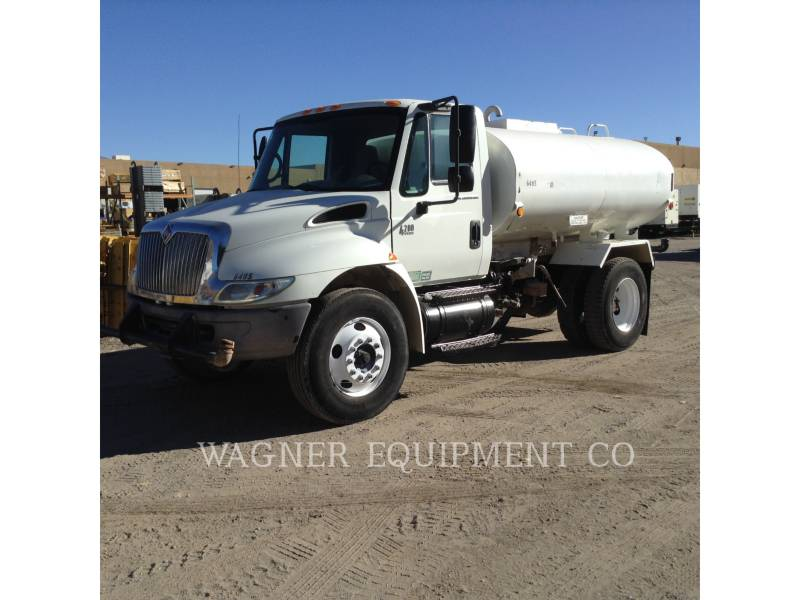 INTERNATIONAL TRUCKS WATER TRUCKS 4200 equipment  photo 2