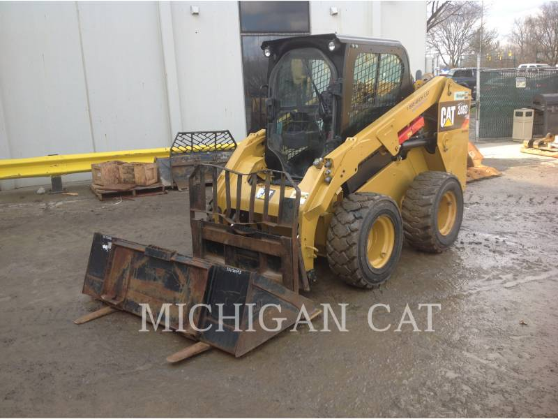 CATERPILLAR CHARGEURS COMPACTS RIGIDES 246D C2Q equipment  photo 2