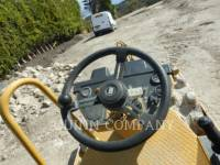 CATERPILLAR EINZELVIBRATIONSWALZE, BANDAGE CP 323 C equipment  photo 8