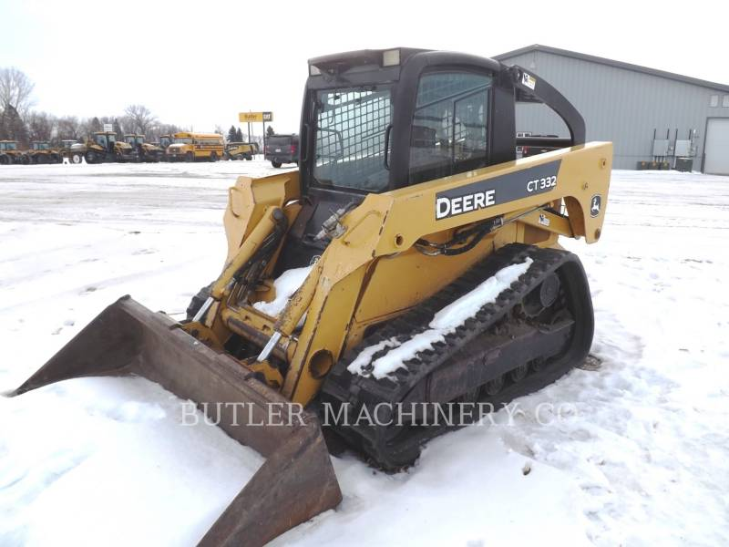 DEERE & CO. SKID STEER LOADERS CT332 equipment  photo 1
