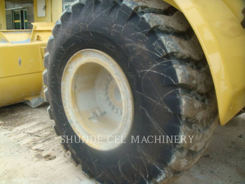 CATERPILLAR CHARGEURS SUR PNEUS MINES 950 GC equipment  photo 13