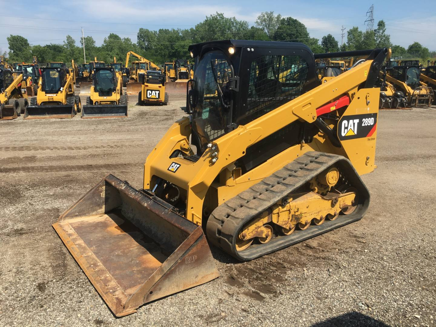 Buy used cat multi terrain loaders for sale staten island new jersey foley inc for Terrain construction