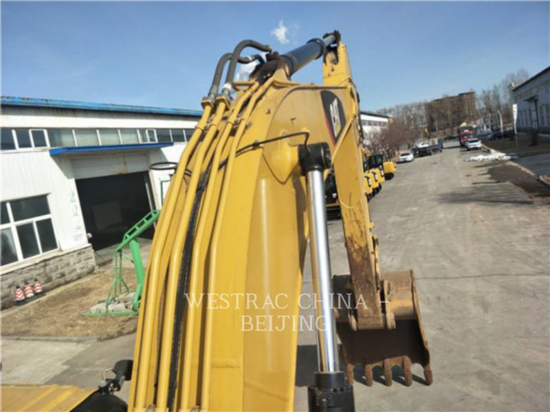CATERPILLAR TRACK EXCAVATORS 326 D2 equipment  photo 7