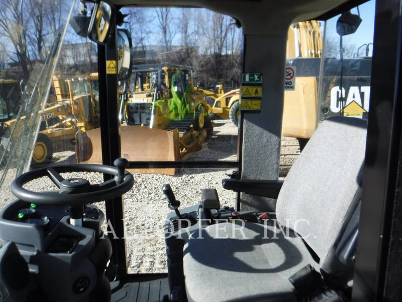 CATERPILLAR VIBRATORY SINGLE DRUM SMOOTH CS56 equipment  photo 7