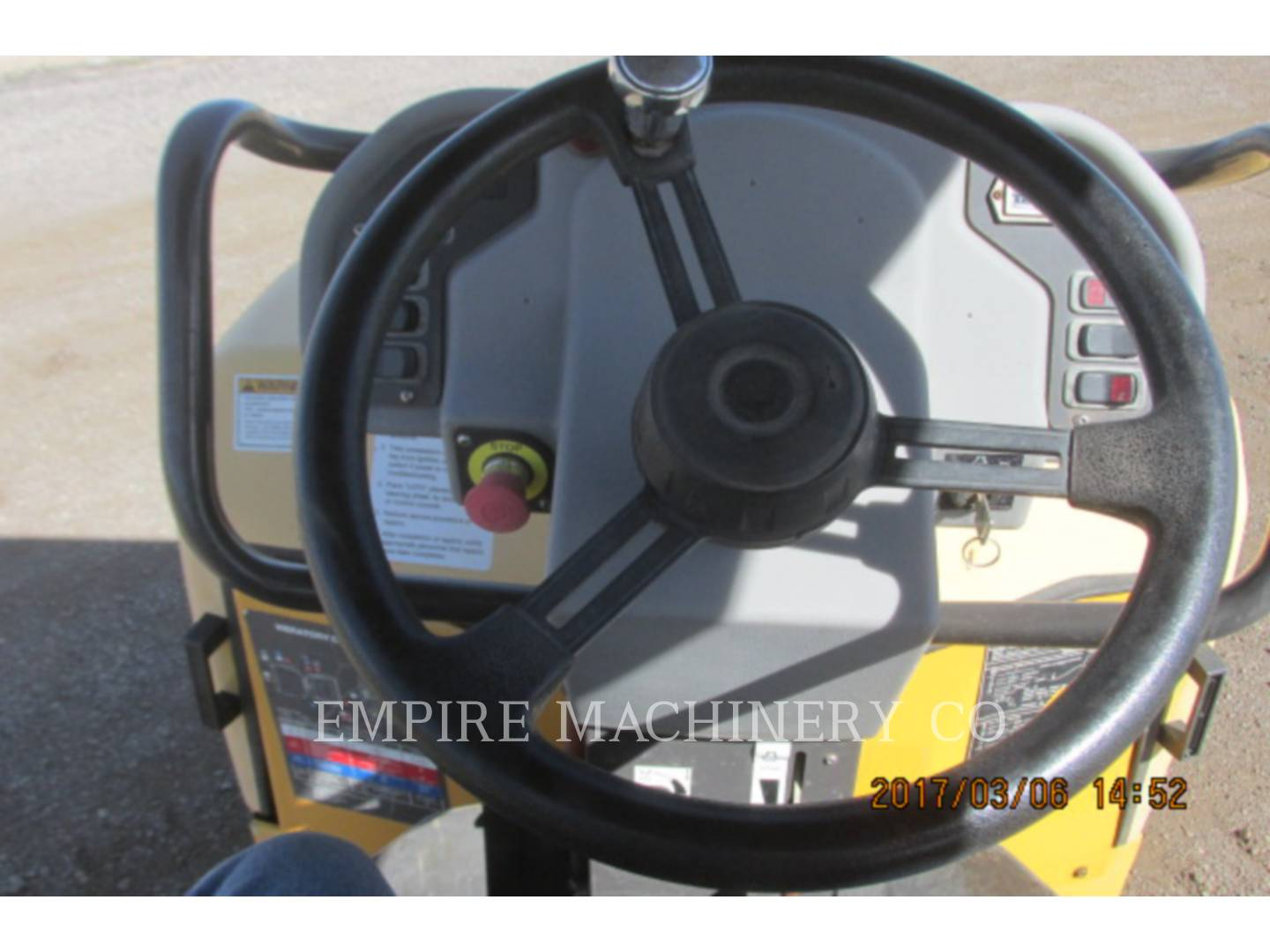 Detail photo of 2009 Volvo DD38HF from Construction Equipment Guide