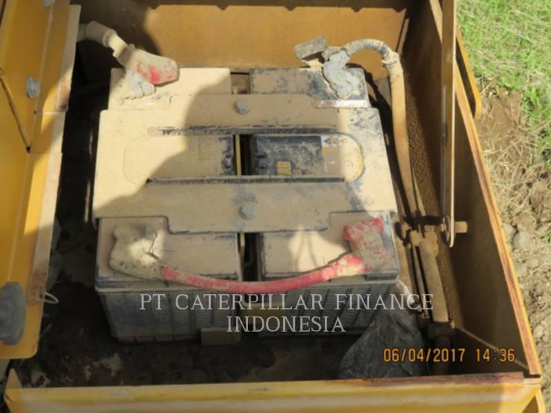 CATERPILLAR TRACTEURS SUR CHAINES D6R equipment  photo 11